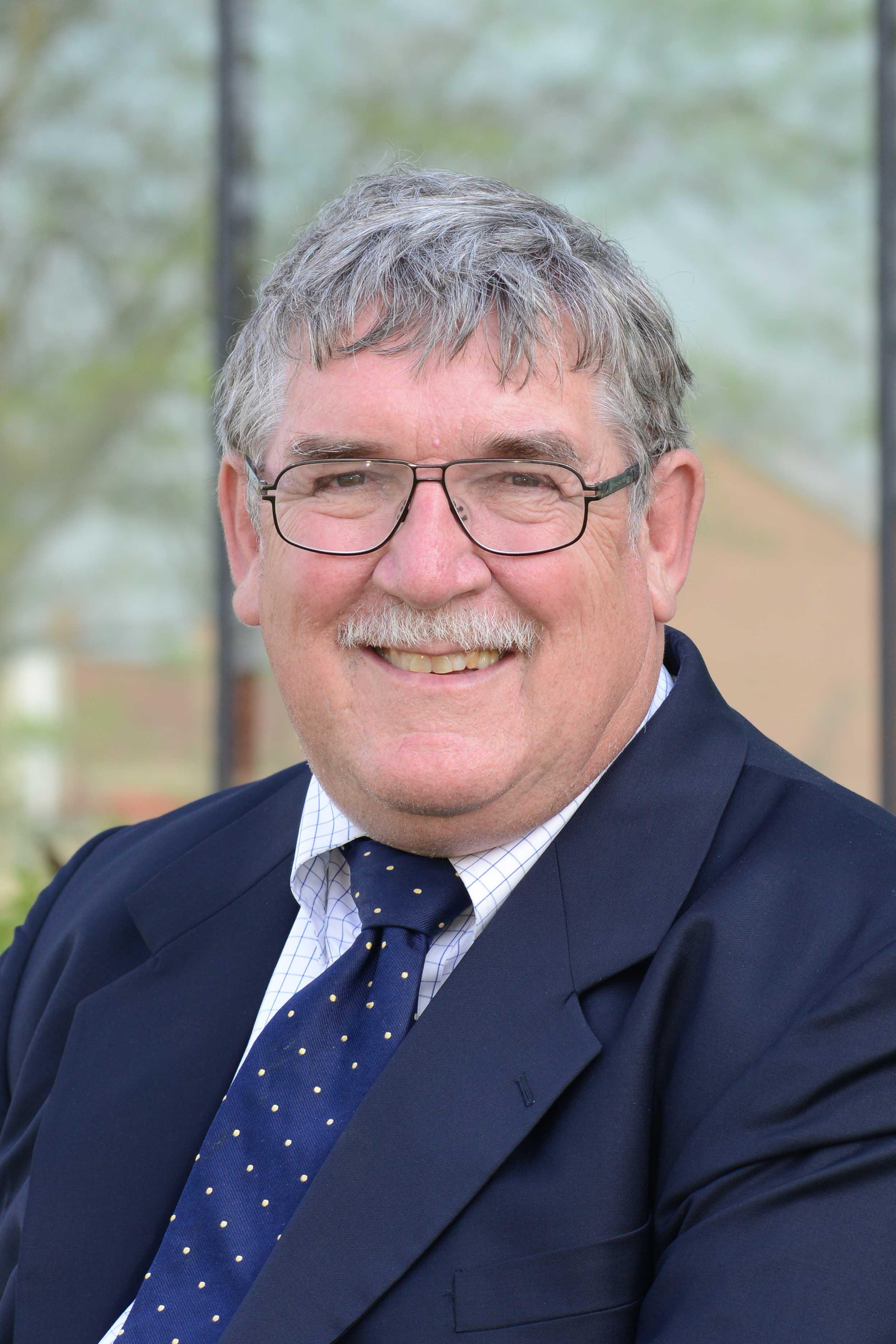Dennis DesRosiers